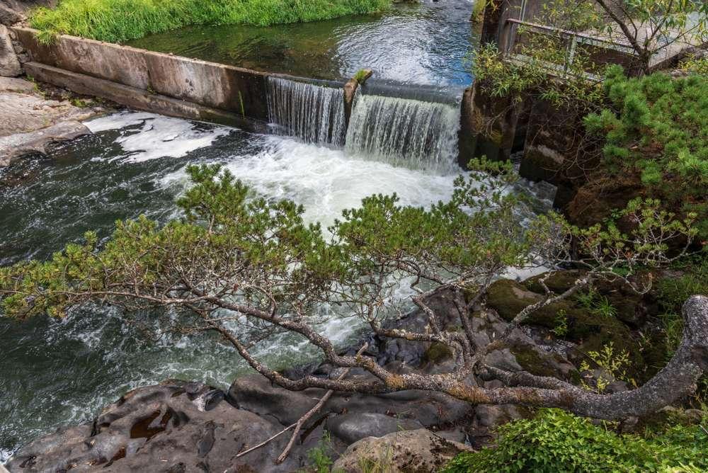 Tumwater Falls along the Deschutes River