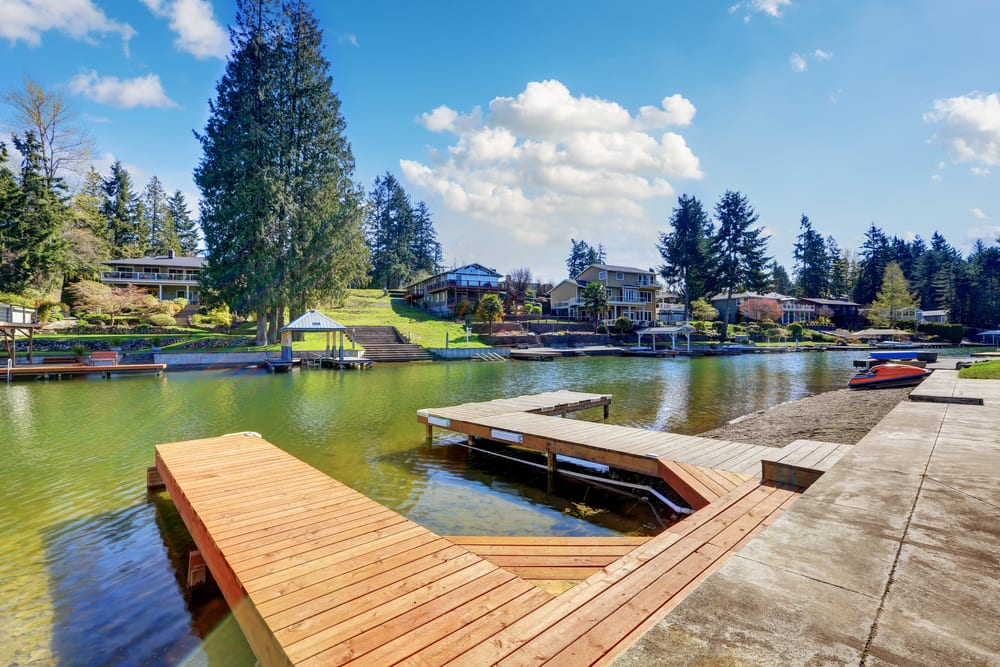 Private docs at a waterfront property in Lake Tapps, WA.